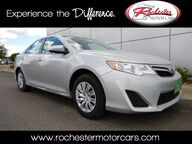 2014 Toyota Camry Hybrid LE Bluetooth USB AUX Rochester MN