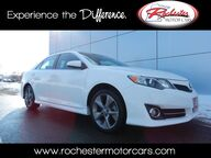 2014 Toyota Camry SE Sport Sunroof Bluetooth USB AUX Rochester MN