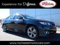2014 Toyota Camry SE Sport Sunroof Backup Camera Bluetooth USB AUX Rochester MN