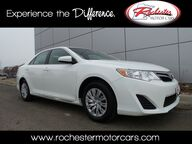2014 Toyota Camry LE FWD Bluetooth USB AUX Rochester MN