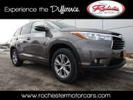 2015 Toyota Highlander XLE V6 AWD Nav Bluetooth Backup Cam Sunroof Heated Seats Rochester MN