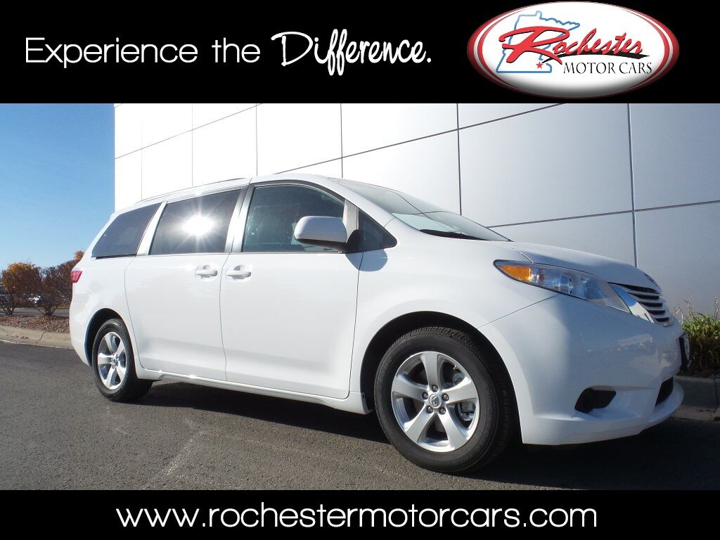 2017 toyota sienna le 8 passenger bluetooth backup cam usb aux se rochester mn 15803770. Black Bedroom Furniture Sets. Home Design Ideas