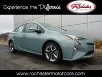 Toyota Prius Four Touring Nav Bluetooth Backup Cam Heated Seats 2017