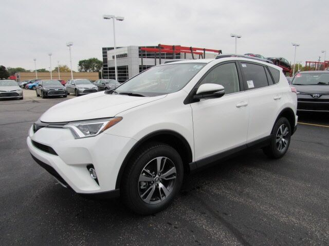 2017 toyota rav4 xle for sale in milwaukee wi jtmrfrev7hj109088. Black Bedroom Furniture Sets. Home Design Ideas