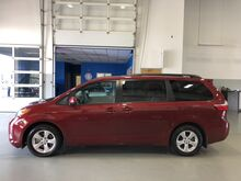 2017 Toyota Sienna LE Taylorsville IN
