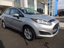 2015 Ford Fiesta FWD 4Dr 6-Speed Automatic SE Roseburg OR