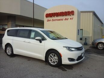 2017 Chrysler Pacifica Touring L Cape Girardeau