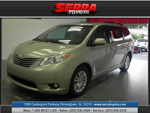 2016 toyota sienna xle premium 8 passenger birmingham al 14291974. Black Bedroom Furniture Sets. Home Design Ideas