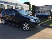 Mercedes-Benz ML350 4MATIC NAVIGATION LEATHER, SUNROOF, BACK UP CAMERA!!! SUPER CLEAN, ONE OWNER !!! 2011