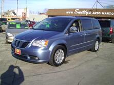 Chrysler Town & Country Touring FWD 2012
