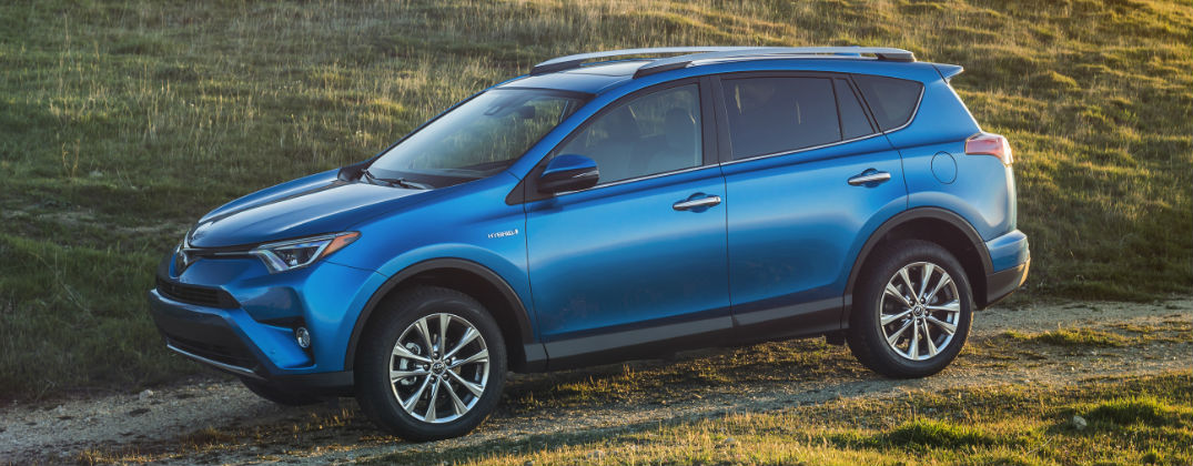 New 2016 Toyota RAV4 Hybrid is More Powerful and More Efficient than Ever