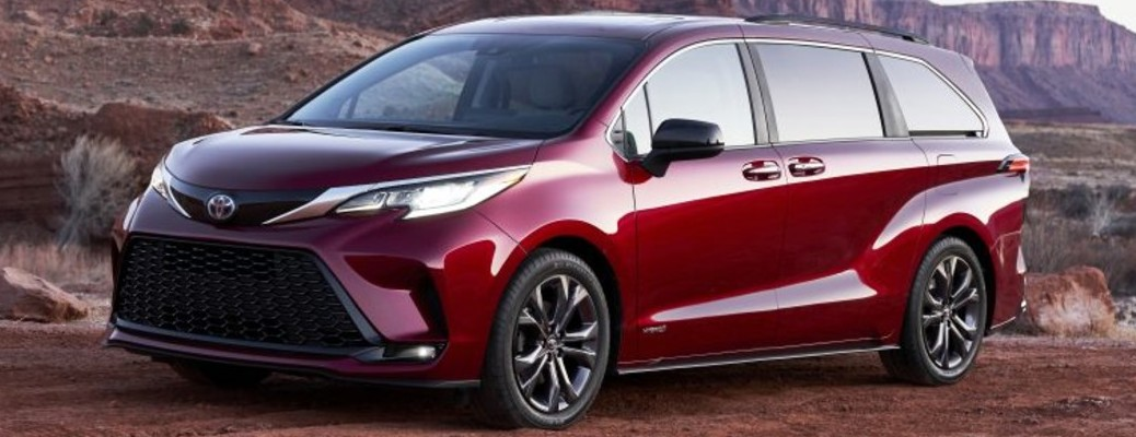 How to use the kick sensor in the 2021 Toyota Sienna