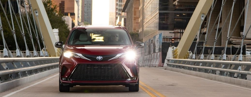 2022 Toyota Sienna front view