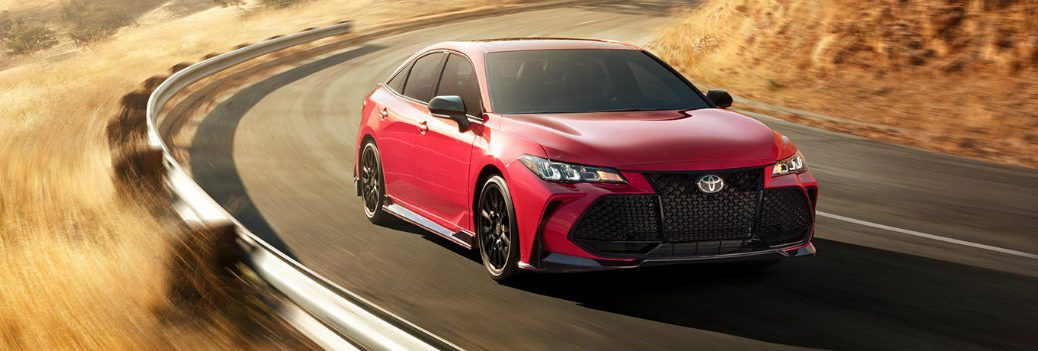 2020 Toyota Avalon riding on the highway