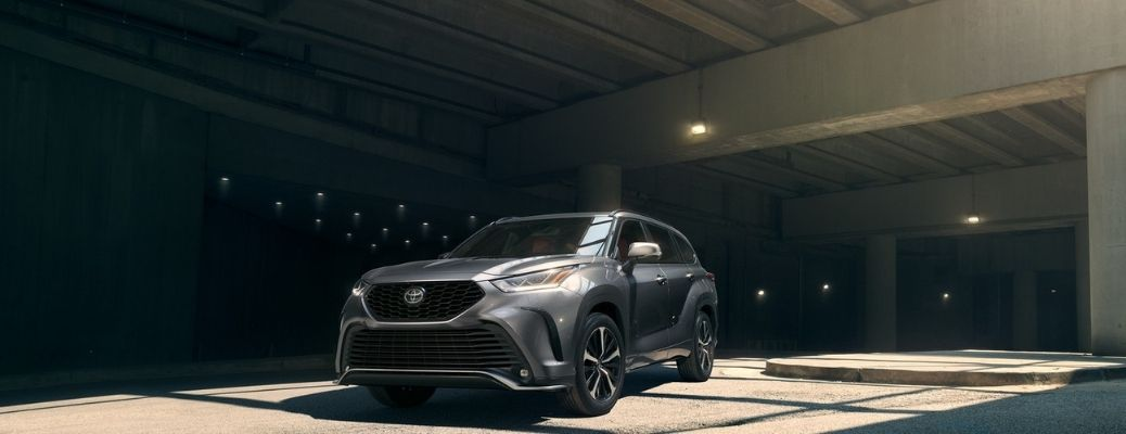 2021 Toyota Highlander driving front view inside