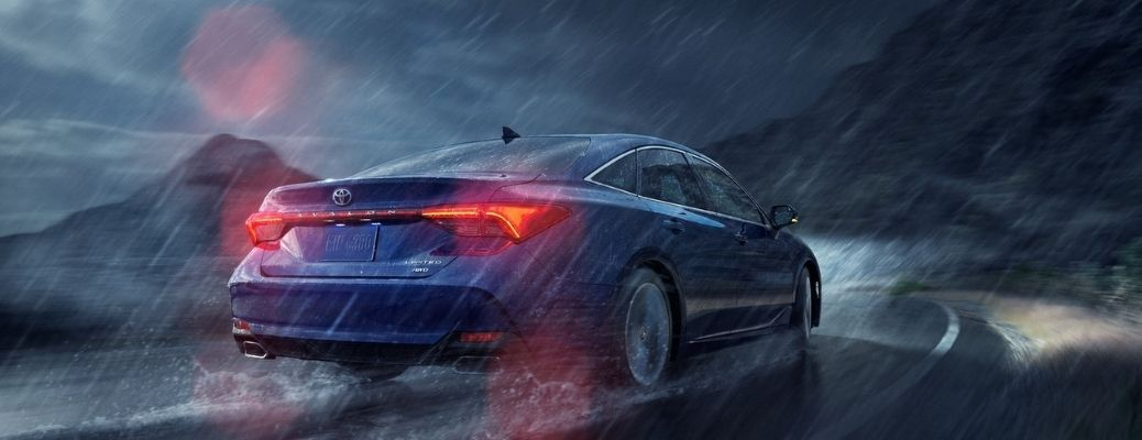 2021 Toyota Avalon driving in the rain