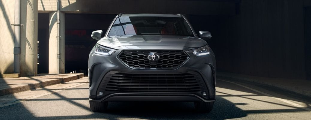 2021 Toyota Highlander XSE front exterior look