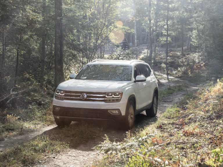front view of a white 2019 VW Atlas