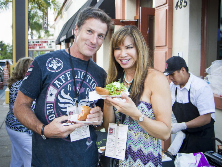 couple sharing food at Taste of Encinitas