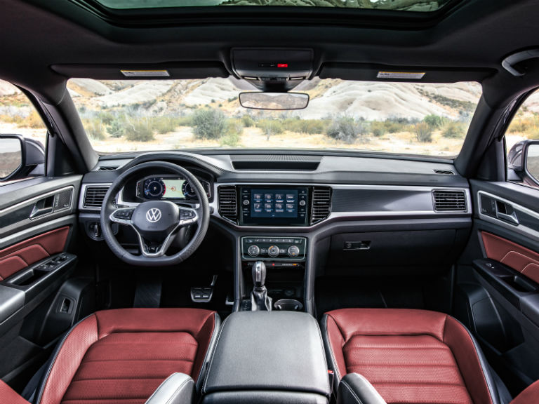 front-interior-of-a-2020-VW-Atlas-Cross-Sport