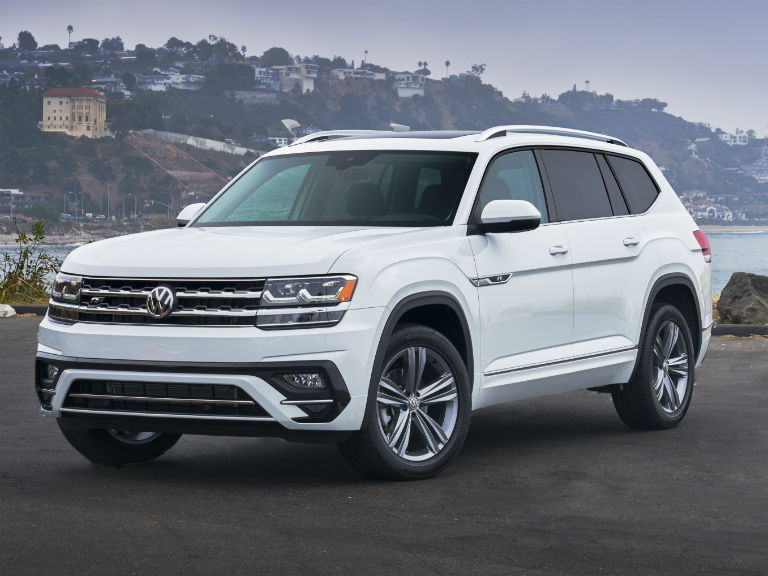front view of a white 2020 VW Atlas