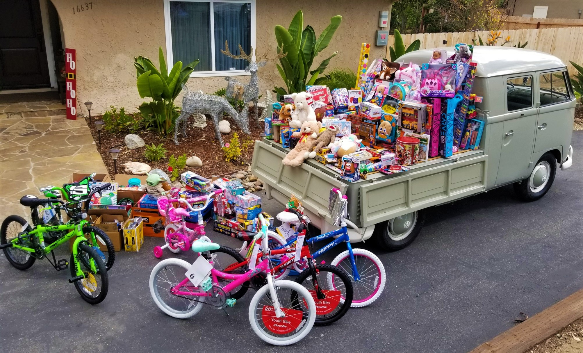 San Diego Air Cooled Group Toys for Tots