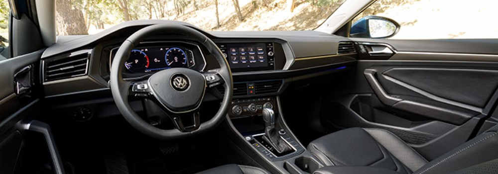 interior dash board in the 2019 vw jetta