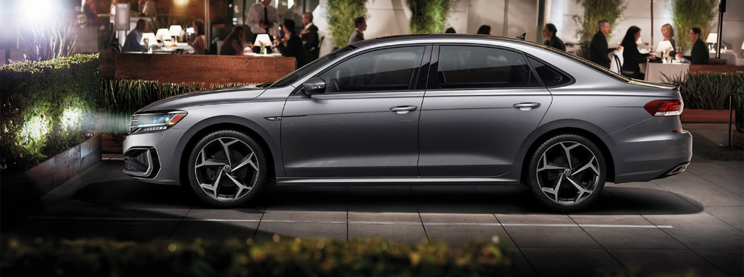 What are the available color options for the new 2020 Volkswagen Passat?