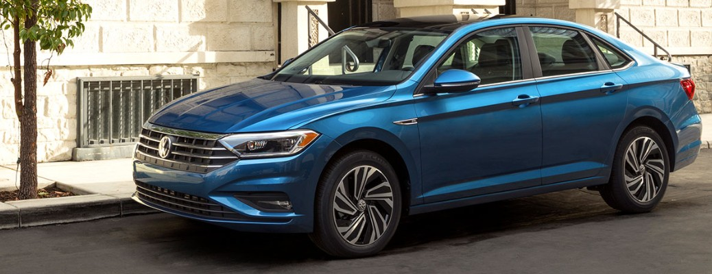 Recommended tire size and inflation level for the 2019 Volkswagen Jetta