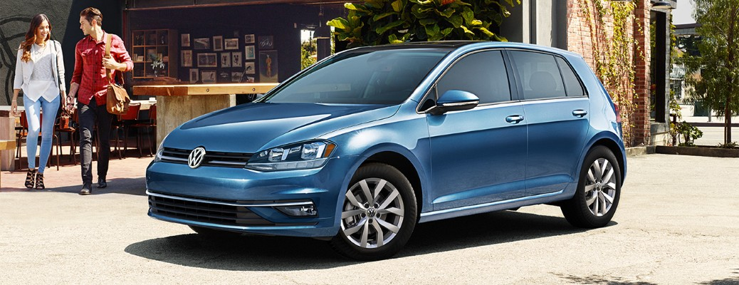 What is the fuel economy rating for the 2019 Volkswagen Golf?
