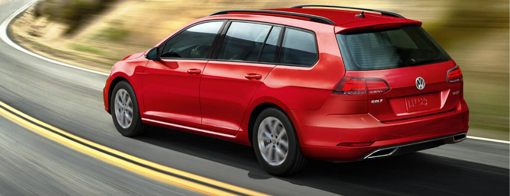 How much can you store inside the 2019 Volkswagen Golf SportWagen?