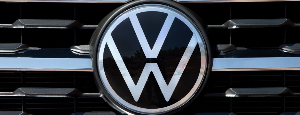 Closeup view of the new VW logo on the front grille of a 2020 Volkswagen Atlas Cross Sport