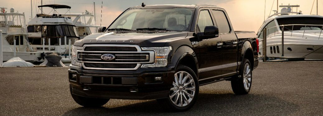 2019 Ford F-150 Limited exterior front quarter view