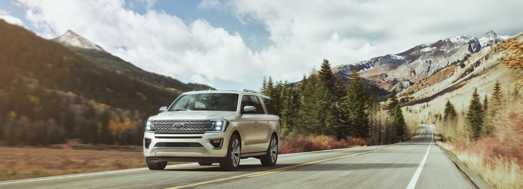 2021 Ford Expedition Platinum front view