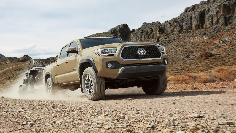 2018 Toyota Tacoma Exterior Passenger Side Front while Towing