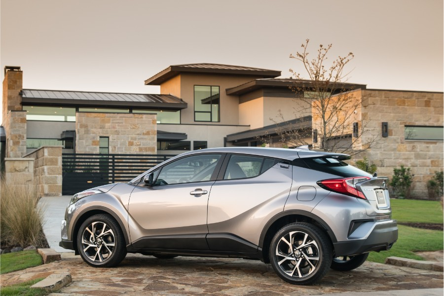 2019-Toyota-C-HR-Exterior-Driver-Side-Rear-Profile