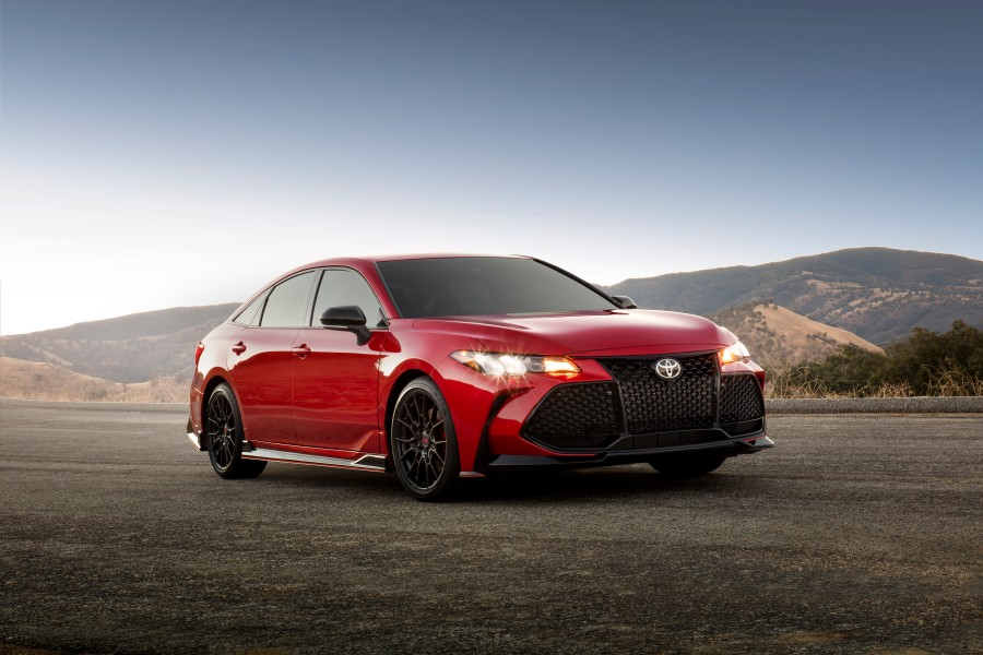 2020-Toyota-TRD-Camry-Avalon-Photo-Gallery-1