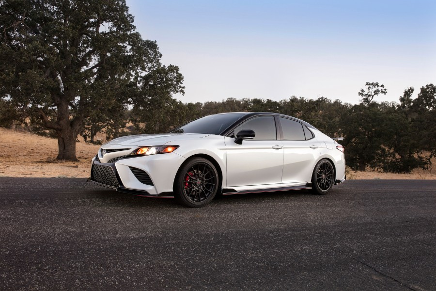 2020-Toyota-TRD-Camry-Avalon-Photo-Gallery-4