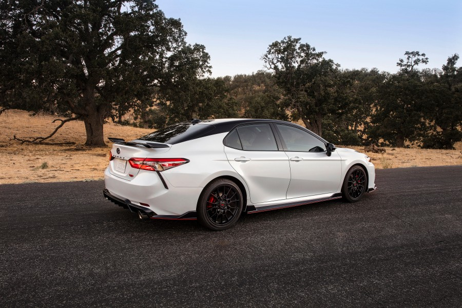 2020-Toyota-TRD-Camry-Avalon-Photo-Gallery-5