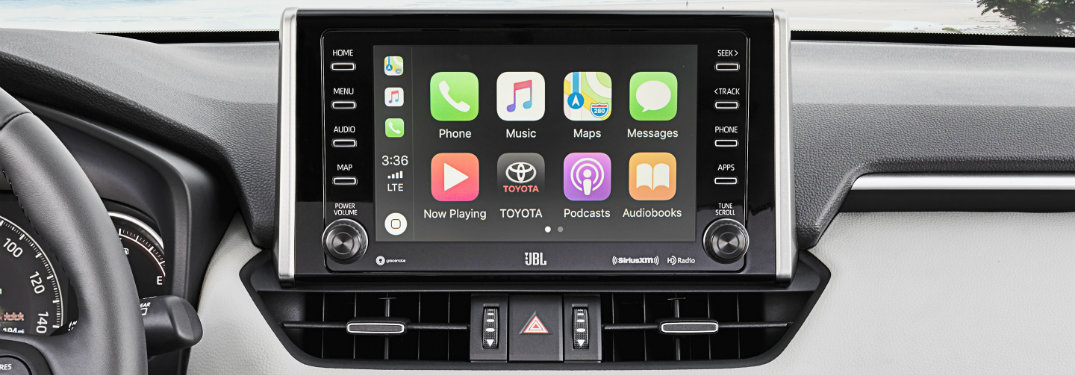 How do Apple CarPlay and Android Auto work?