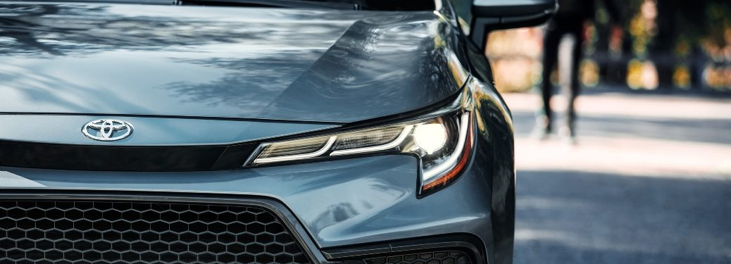 2020 Corolla logo and grille close-up