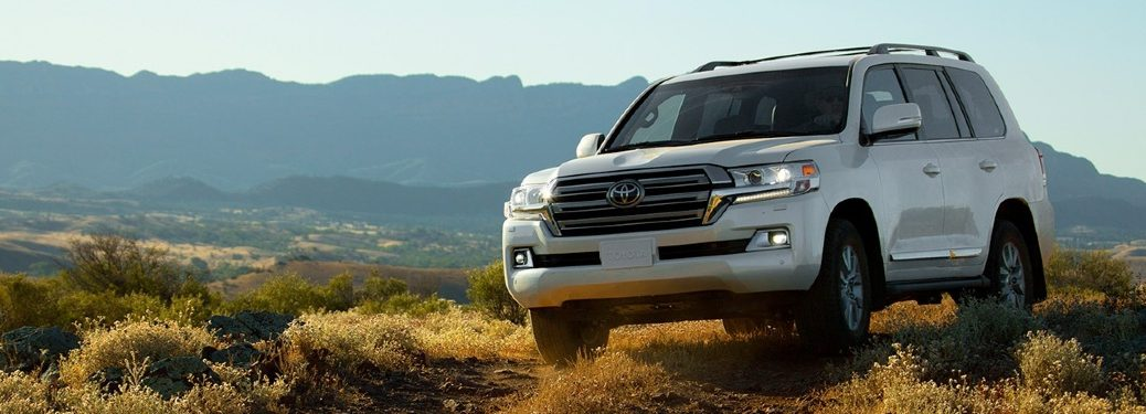 2019 Land Cruiser driving off-road