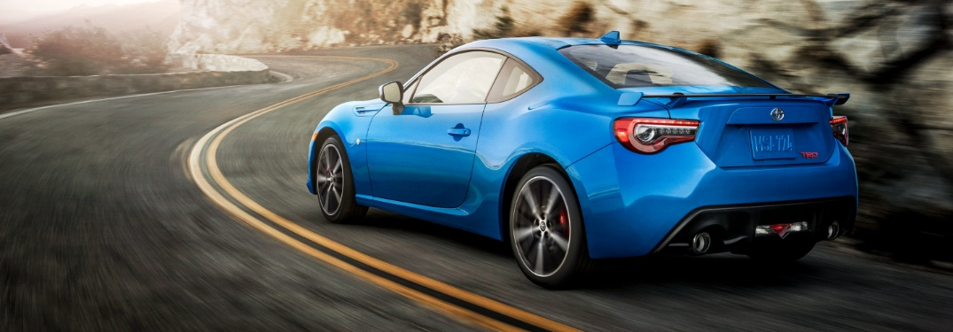 Does the Toyota 86 have Apple CarPlay?