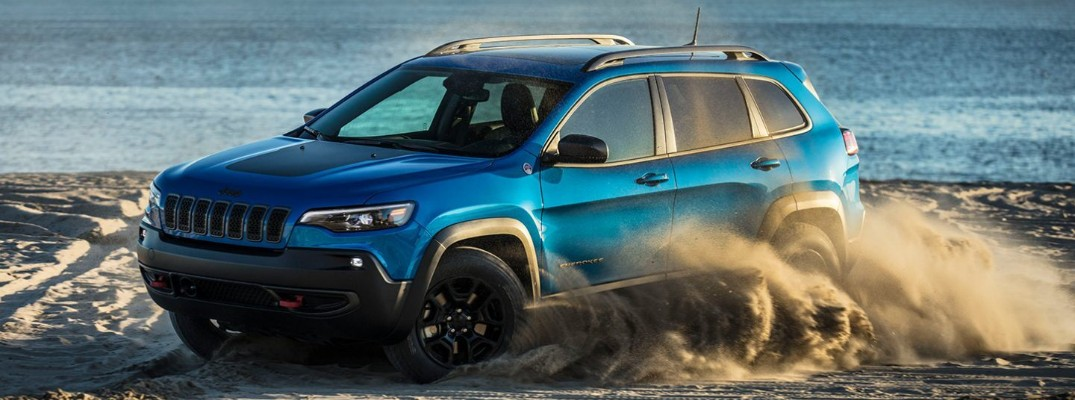 What are the Color Options for the 2020 Jeep Cherokee?