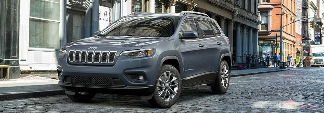 Impressive list of innovative technology features and luxurious comfort options available in new 2019 Jeep Cherokee