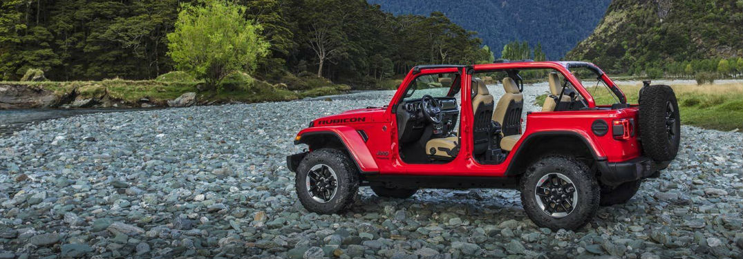 Conquer off-road trails in 2019 Jeep Wrangler with your choice of four-wheel-drive options