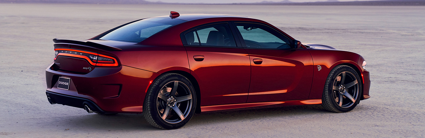 What are the performance specs in the 2019 Dodge Charger?