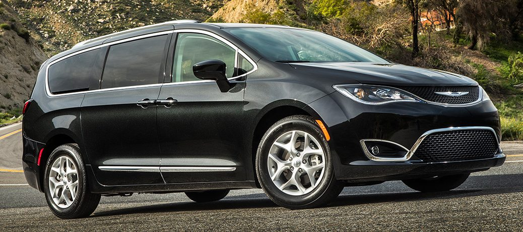 driving around a bend 2019 Chrysler Pacifica