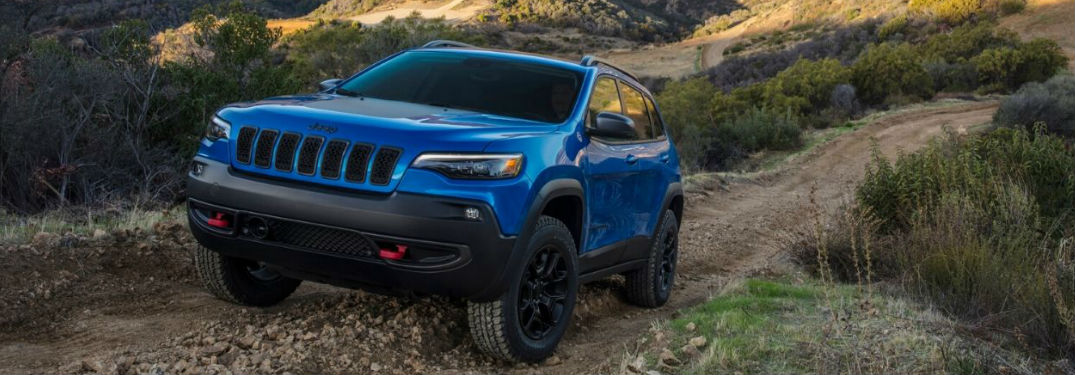 Top safety rating of new 2020 Jeep Cherokee crossover SUV comes from long list of high-tech features