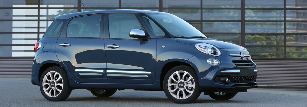 What standard technology comes with the 2020 Fiat 500L?